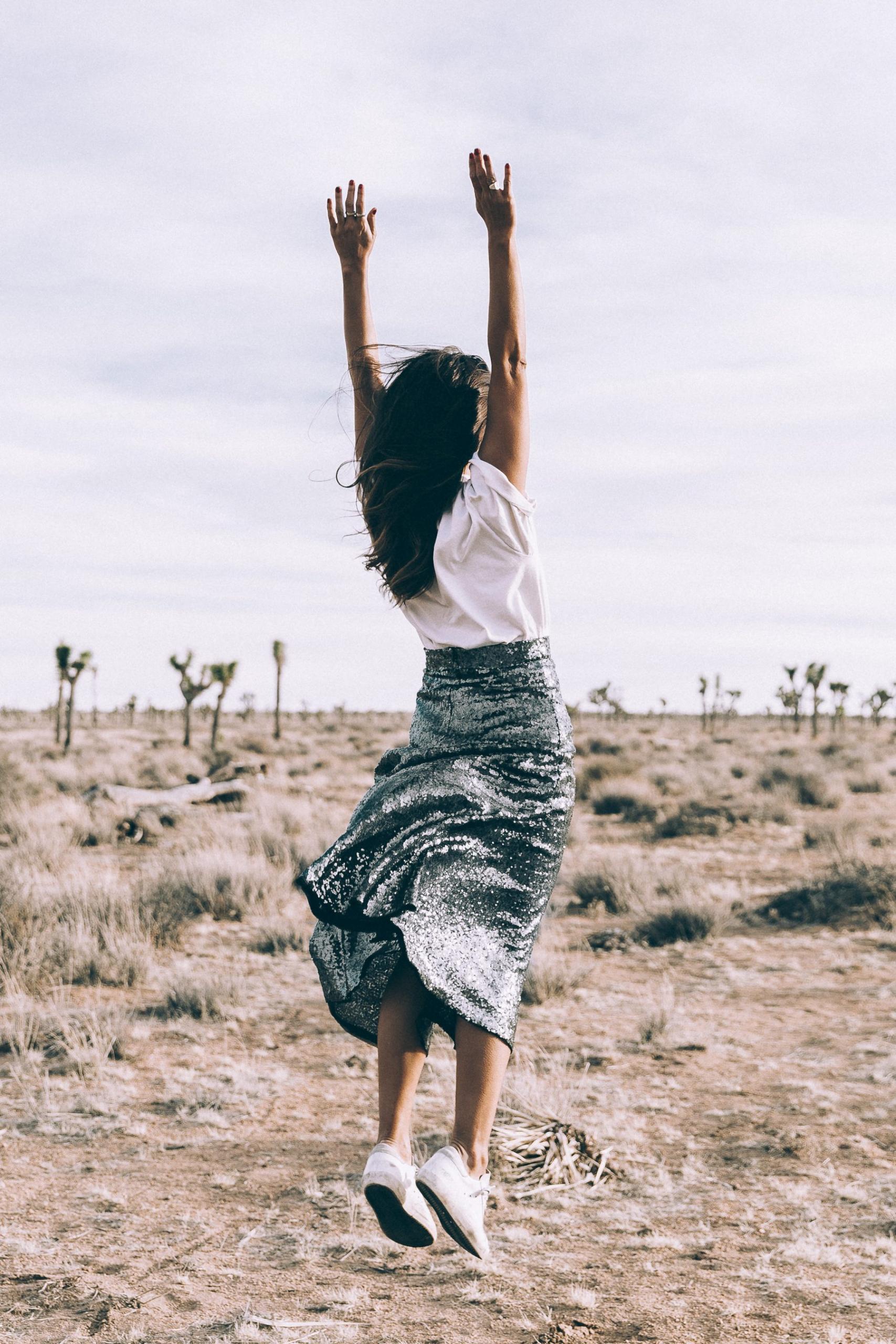 5 αλάνθαστοι τρόποι για να αλλάξετε διάθεση (στο λεπτό) Οι τελευταίες έρευνες δείχνουν πως οι γυναίκες και οι άντρες αυτή τη χρονιά επιθυμούν να βελτιώσουν την ψυχολογία τους και όχι το σώμα τους. Αυτά τα βήματα είναι σίγουρα μια καλή αρχή.