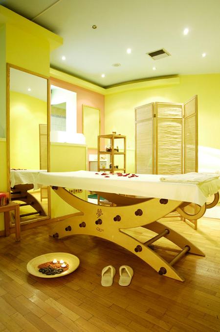 Athens Med Spa Κάντεένα δώρο στον εαυτό σας στα Athens Med Spa. Ο σύγχρονος και φιλόξενος πολυχώρος ομορφιάς προσφέρει αποτελεσματικές θεραπείες για το πρόσωπο και το σώμα. Το εξειδικευμένο προσωπικό θα μεταμορφώσει την καθημερινότητά σας, κάνοντάς την ομορφότερη. Γιατί είναι σίγουρο πως το όνειρο που έχετε για τον εαυτό σας θα πραγματοποιηθεί. Παραδοθείτε, λοιπόν, σε αυτό και αφήστε […]