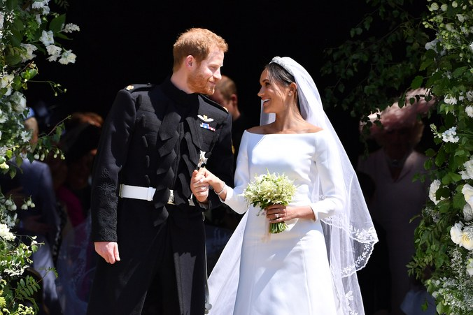 Οι σταρ που παντρεύτηκαν αυτό το καλοκαίρι Απολαύστε τους πιο παραμυθένιους γάμους...