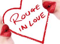 Το κραγιόν που θα ερωτευθείτε  Η Lancôme γιορτάζει τον έρωτα με τη νέα σειρά κραγιόν Rouge In Love. Στην καμπάνια πρωταγωνιστεί η γλυκιά ηθοποιός Έμα Γουάτσον.