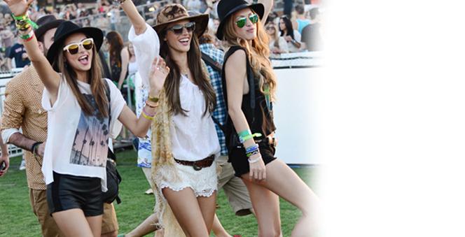Φορέστε το με ψηλοτάκουνα πέδιλα ή φλατ σανδάλια. Από αριστερά  Γκουίνεθ  Πάλτροου 80a045f8397