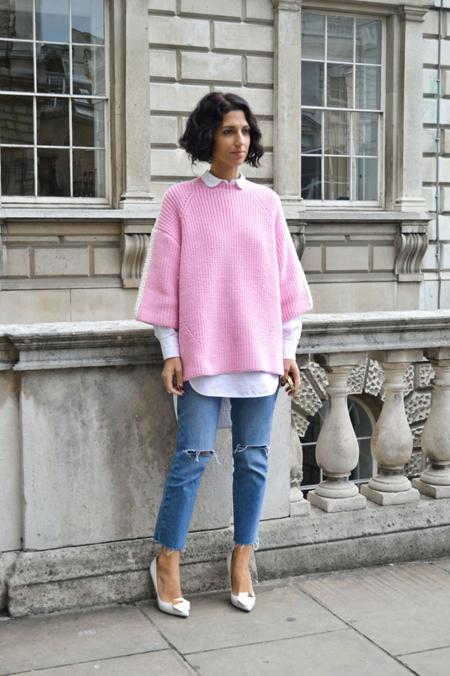 Think Pink  Το hot πουλόβερ του χειμώνα - ELLE 37146c3a49e