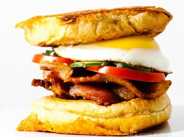 Φτιάξε το πιο νόστιμο σάντουιτς σε λίγα λεπτά Υπάρχει καλύτερη ιδέα για σπιτικό brunch;