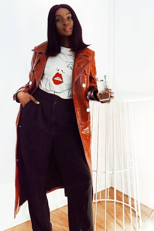 vinyl-outfits-275762-1546870206264-image.500x0c.jpg (500×750)