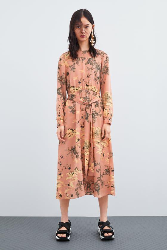 478160233910 10 φλοράλ φορέματα που θα φέρουν την άνοιξη - ELLE