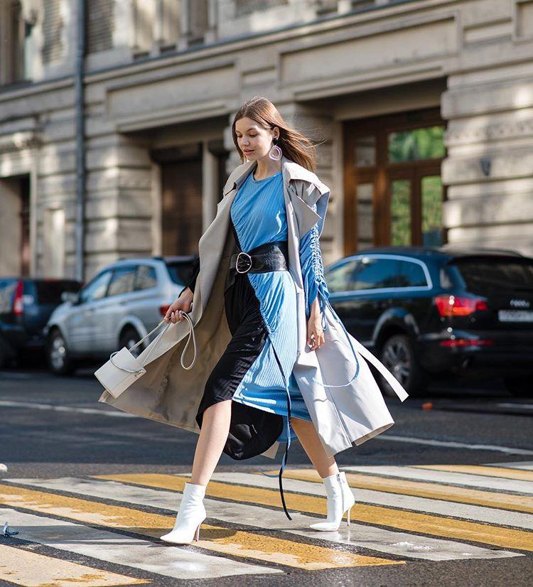 25 προτάσεις για να ξεκινήσεις να φοράς τα καλοκαιρινά σου φορέματα ... d8bac97e481