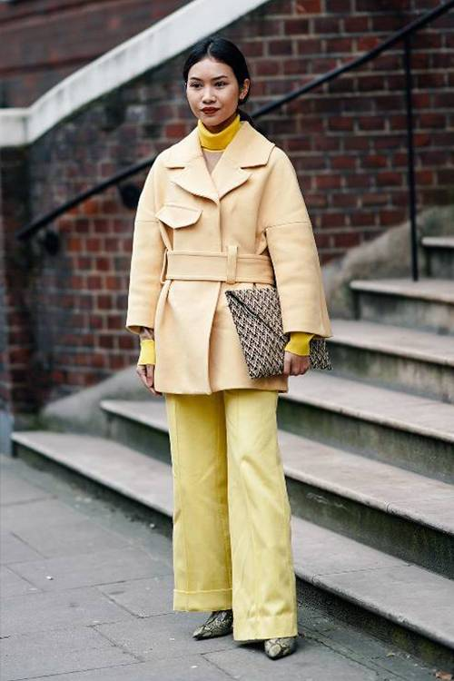 pale-yellow-fashion-trend-278112-1551702459080-image.500x0c.jpg (500×750)