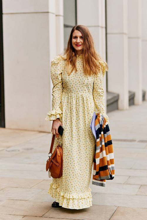 pale-yellow-fashion-trend-278112-1551702460177-image.500x0c.jpg (500×750)