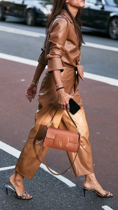 21 απόλυτα on trend εμφανίσεις από το street style της LFW