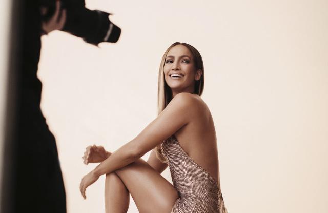 H J.Lo φόρεσε Celia Kritharioti