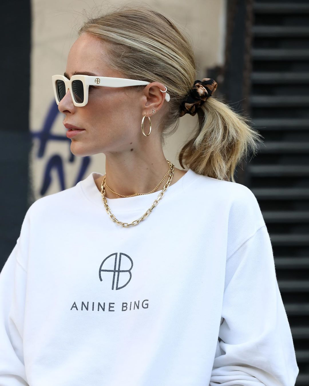 Anine Bing: 10 must-haves από την γκαρνταρόμπα του αγαπημένου μας style icon