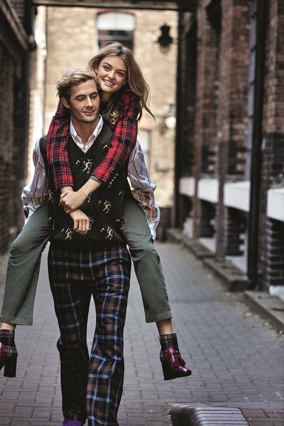 Έρωτας από την αρχή: Γιατί επιστρέφουν όλοι στην ουσία της αγάπης;