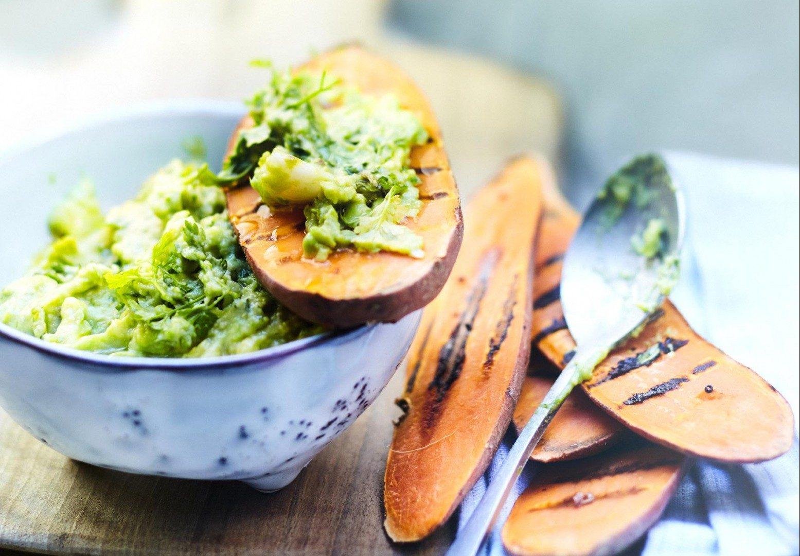Sweet Potato Toast: Η γλυκοπατάτα όπως δεν την έχεις δοκιμάσει ποτέ Μια παραλλαγή του αγαπημένου μας πρωινού γεύματος που θα μας γεμίσει ενέργεια και θα μας κάνει να ξεφύγουμε για λίγο απο τα συνηθισμένα.
