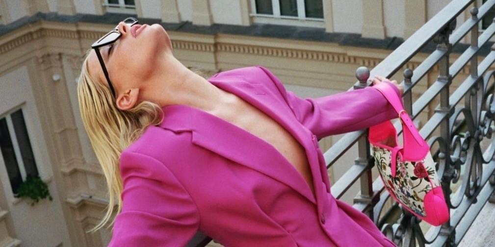 Pink & Purlple: O συνδυασμός που λατρεύει τώρα η Elsa Hosk είναι το νέο μας crush Το δημοφιλές μοντέλο κατάφερε να μας πείσει να έρθουμε σε επαφή με την πιο girly πλευρά του στυλ μας και εμείς ανυπομονούμε να συνθέσουμε τα ομορφότερα σύνολα.