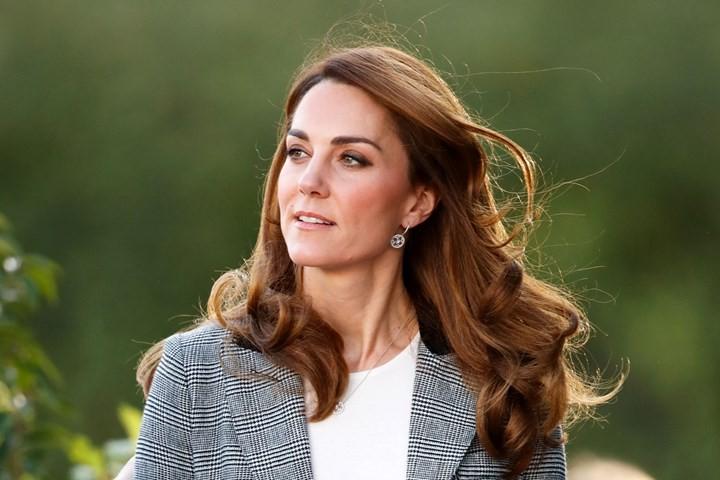Αυτά είναι τα αγαπημένα γυαλιά της Kate Middleton (και είναι σε έκπτωση!)