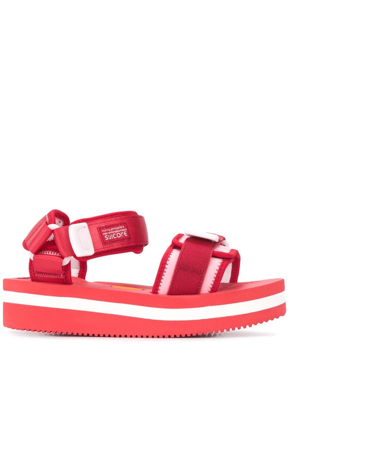 Hiking Sandals: Το πιο πολυσυζητημένο shoe trend είναι και το πιο άνετο