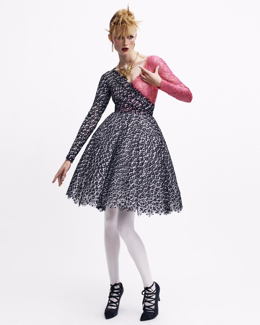 H Haute Couture συλλογή του οίκου Chanel είχε punk διάθεση