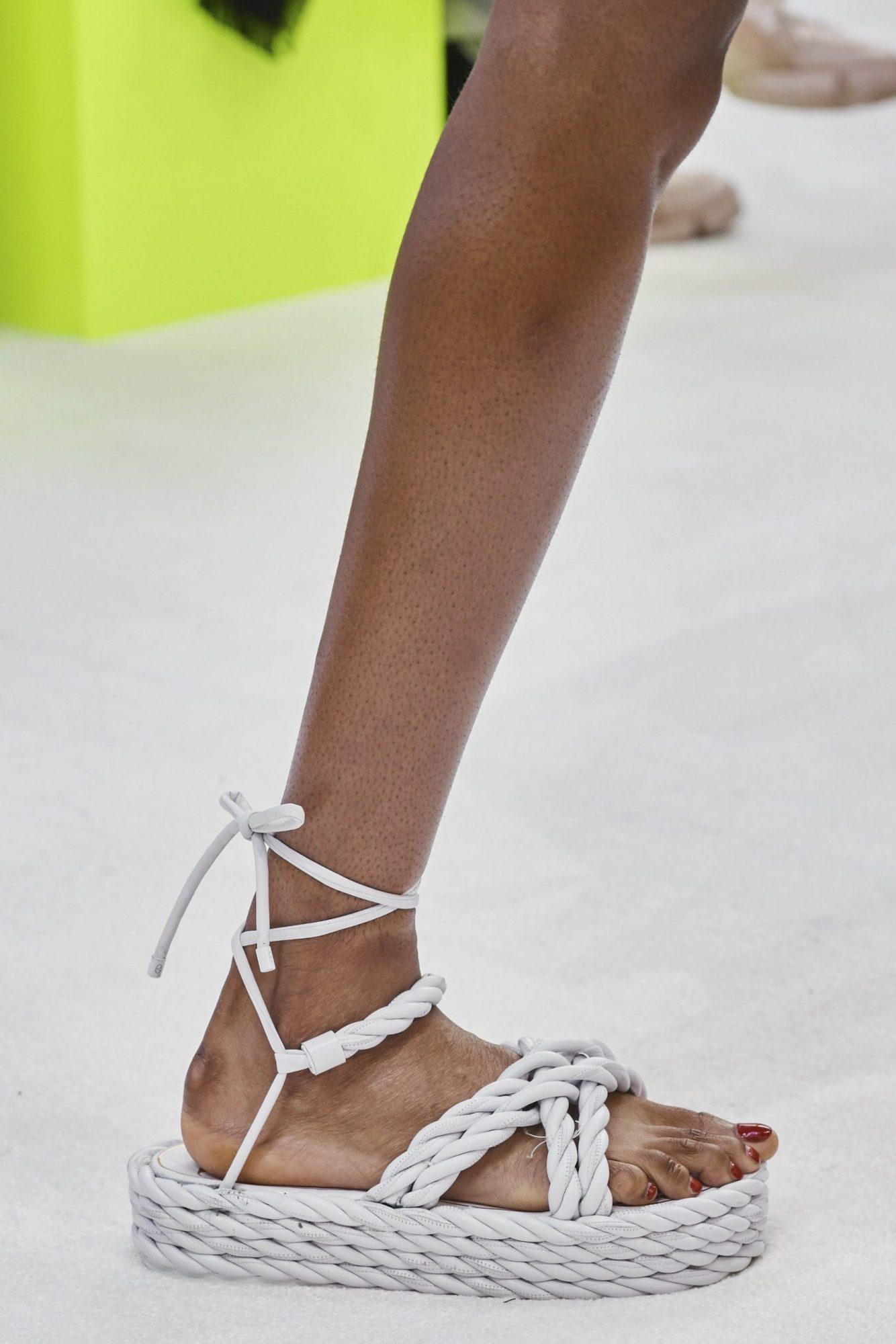 Rope Sandals: Είναι ό,τι πιο ωραίο έχουμε δει σε πέδιλο ή είναι η ιδέα μας; (+10 σχέδια τρέλα!)