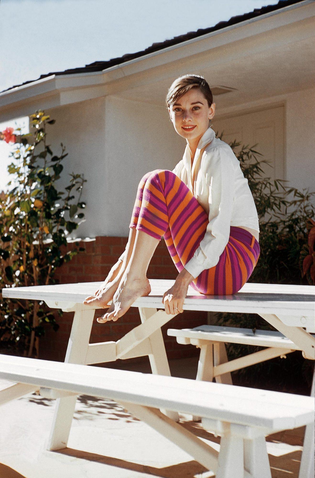 Audrey Hepburn: Πώς θα αντιγράψεις σήμερα το καλοκαιρινό στυλ της;
