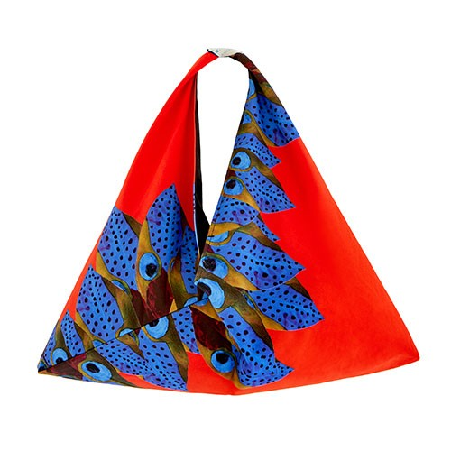 Αυτές οι τσάντες παραλίας σχεδιάστηκαν για καλό σκοπό
