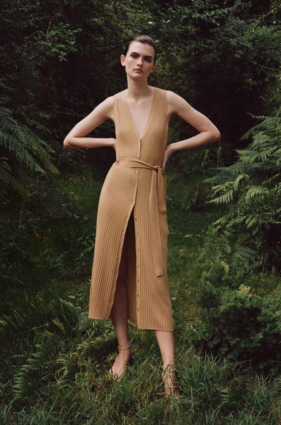 Πλεκτό φόρεμα, Zara.