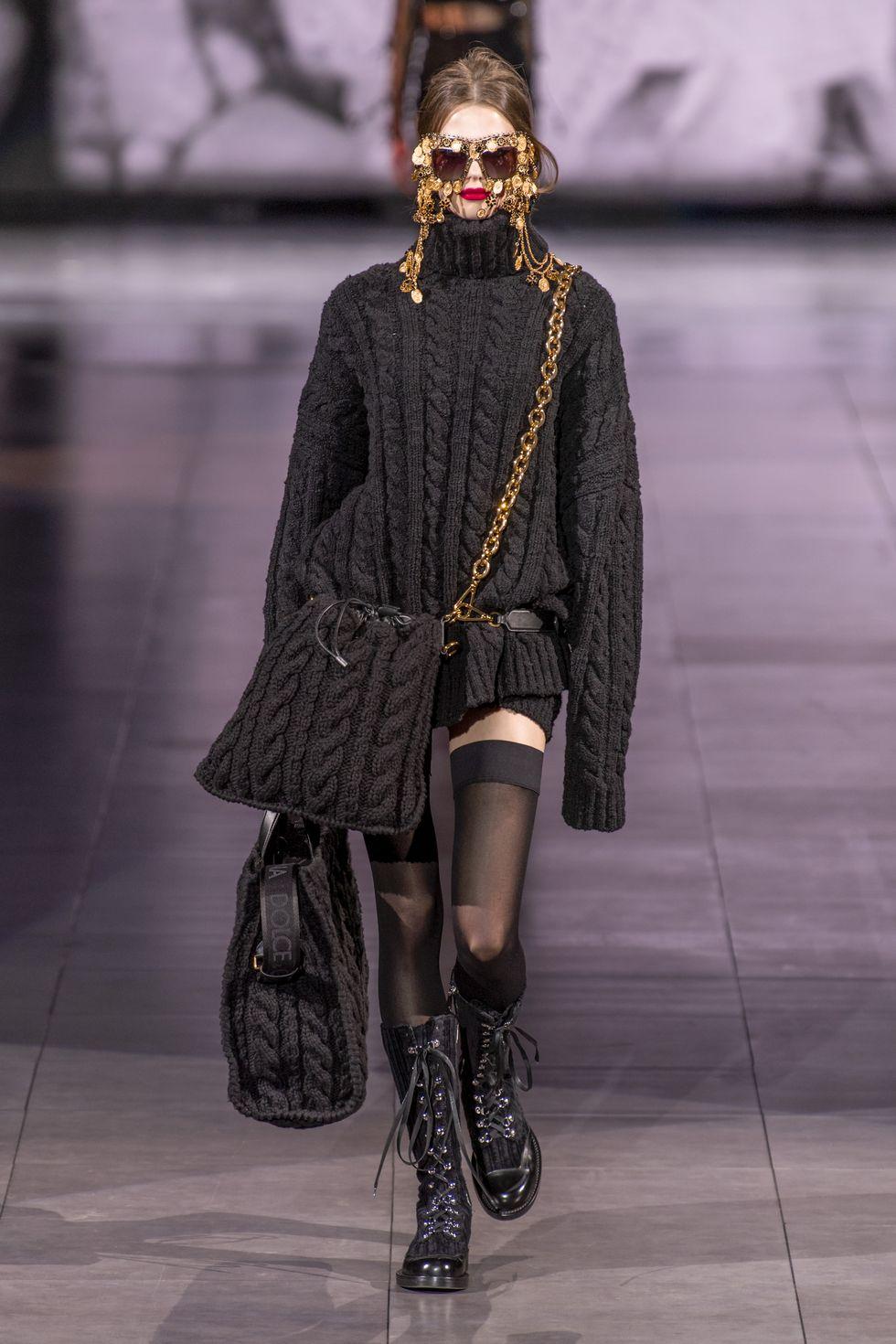 Δημιουργίες από την συλλογή Φθινόπωρο/Χειμώνας 2020-21 του οίκου Dolce & Gabbana.