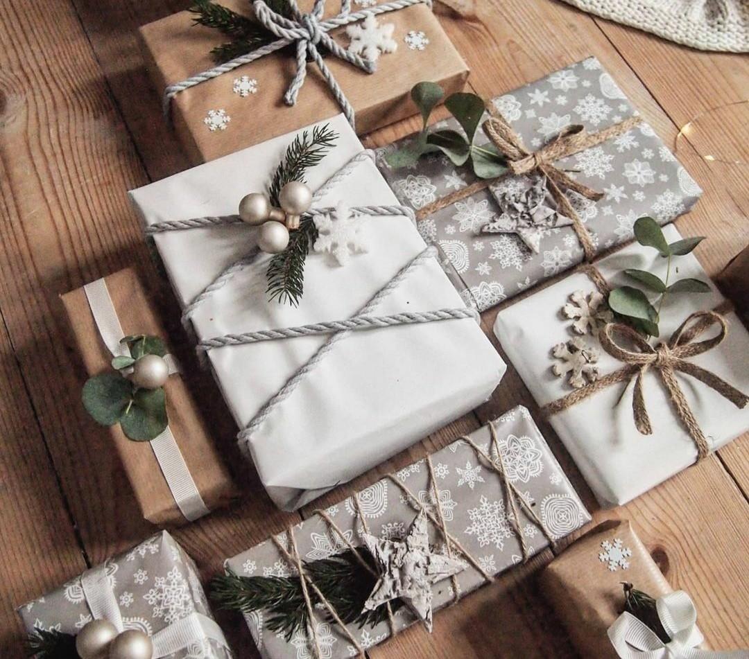All I Want for Christmas: Τα beauty set με φυσικά προϊόντα που θα χαρίσεις στον εαυτό σου και στις φίλες σου Τα υπέροχο γιορτινά κουτιά της Messinian Spa μυρίζουν... Χριστούγεννα και κρύβουν όλα τα αγαπημένα μας προϊόντα ομορφιάς