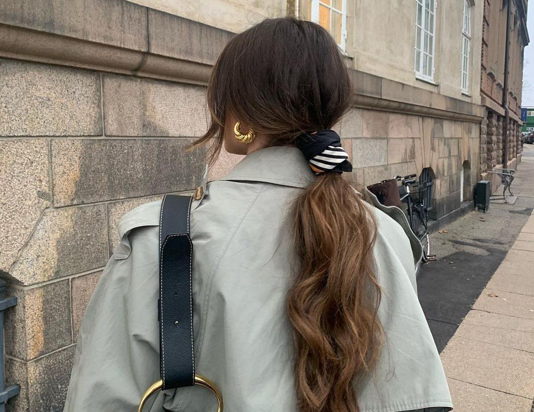Έχεις μακριά μαλλιά; 5 hairstyles που πρέπει να δοκιμάσεις μέσα στην εβδομάδα