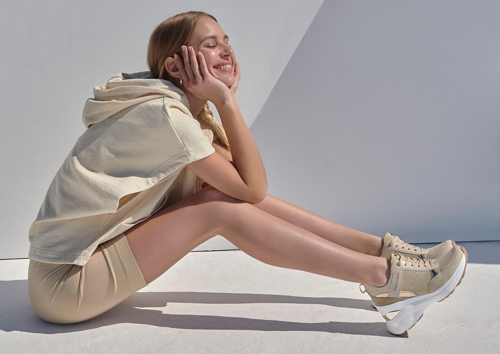 Αυτά είναι τα sneakers που θα φορέσεις με όλα τα spring outfits Τα sneakers είναι αναμφίβολα το must have ζευγάρι που πρέπει να έχεις στη συλλογή σου την άνοιξη και εδώ θα βρεις τις πιο stylish προτάσεις της αγοράς.
