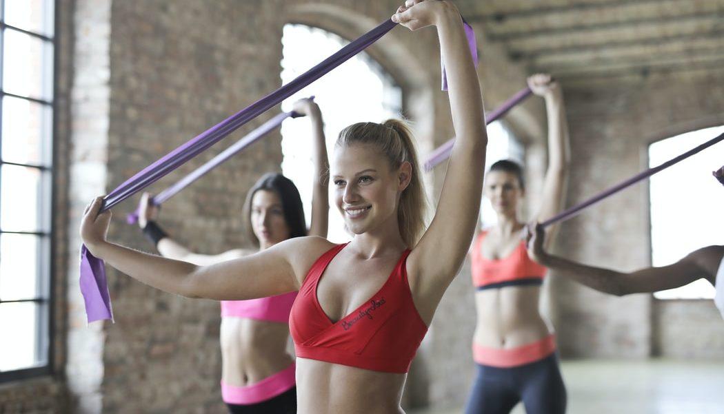 4 happy workouts για να αποβάλλεις το στρες και να τιμήσεις την Ημέρα της Ευτυχίας με τον καλύτερο τρόπο Με αφορμή την Παγκόσμια Ημέρα της Ευτυχίας, βρήκαμε τα καλύτερα workouts από διάσημες fitness instructors για να σε βοηθήσουν να αποβάλλεις την πίεση και το άγχος της καθημερινότητας και να βελτιώσεις τη διάθεσή σου με τον πιο ευχάριστο τρόπο!