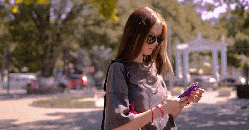 Το Instagram ετοιμάζει νέα version για παιδιά Η εφαρμογή του Instagram αλλάζει πολιτική και προστατεύει τα ανήλικα παιδιά με μια νέα έκδοση της εφαρμογής, αποκλειστικά για εκείνα.