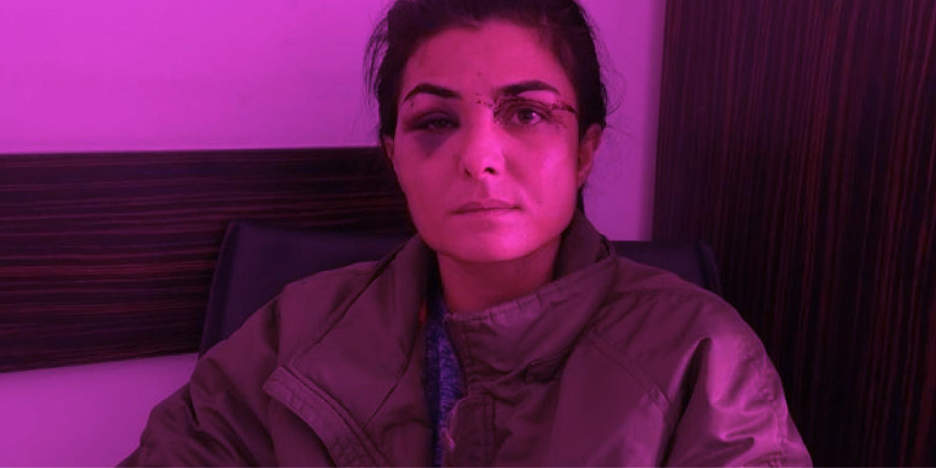 Τουρκία: Αθώα η Melek Ipek που σκότωσε σε αυτοάμυνα τον βασανιστή σύζυγο της Η Melek Ipek που είχε πυροβολήσει και σκοτώσει τον άντρα της, ο οποίος την κακοποιούσε συστηματικά, αφέθηκε ελεύθερη μετά από 108 μέρες κράτησης σε μια ιστορική δικαστική απόφαση για την Τουρκία λίγες ημέρες μετά την αποχώρηση της χώρας από τη σύμβαση της Κωνσταντινούπολης που αφορά την Πρόληψη και την Καταπολέμηση της Βίας κατά των γυναικών και της Ενδοοικογενειακής Βίας.