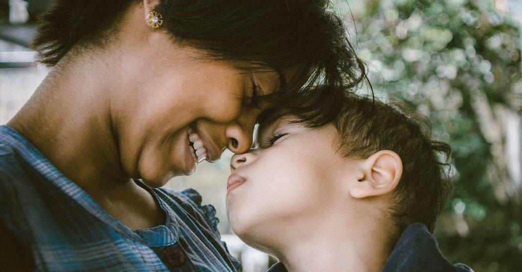20 μικροπράγματα που κάνουν ευτυχισμένη μια μαμά Πριν γίνουμε μαμάδες, όλες είχαμε μεγάλες προσδοκίες για τα πάντα. Η μητρότητα όμως μας άνοιξε νέους ορίζοντες.