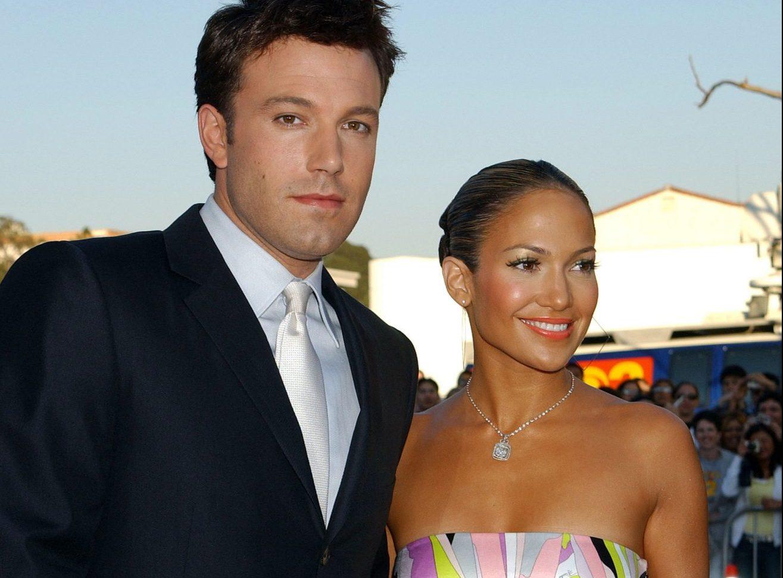 Jennifer Lopez & Ben Affleck: Τελικά είναι ξανά ζευγάρι ή όχι; Μπορεί να έχουν περάσει αρκετά χρόνια από τον χωρισμό του Ben Affleck και της Jennifer Lopez, όμως τώρα υπάρχουν έντονες φήμες επανασύνδεσης,