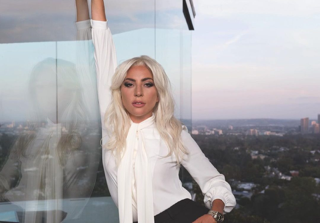 H Lady Gaga φόρεσε το μπικίνι της και απέσπασε 2.5 εκ. likes Την πρώτη της ανάρτηση με μαγιό έκανε η Lady Gaga για το φετινό καλοκαίρι και ενθουσίασε τους fans της.