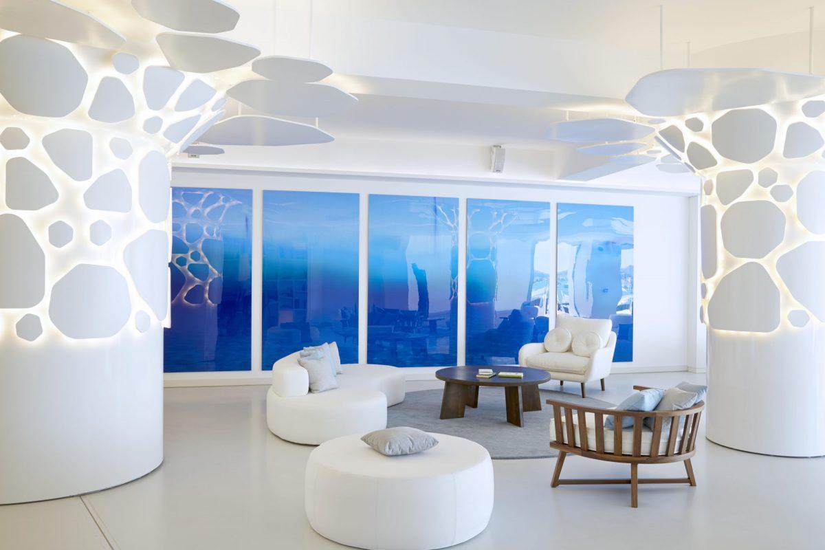 Αέρας ανανέωσης πνέει στην Ελληνική Riviera με το 5άστερο Nikki Beach Resort & Spa Porto Heli Το Nikki Beach Resort & Spa Porto Heli να μας επανασυστήνεται εξελίσσοντας το Lifestyle Concept, ομορφαίνοντας και βαδίζοντας σε νέα γαστρονομικά μονοπάτια.