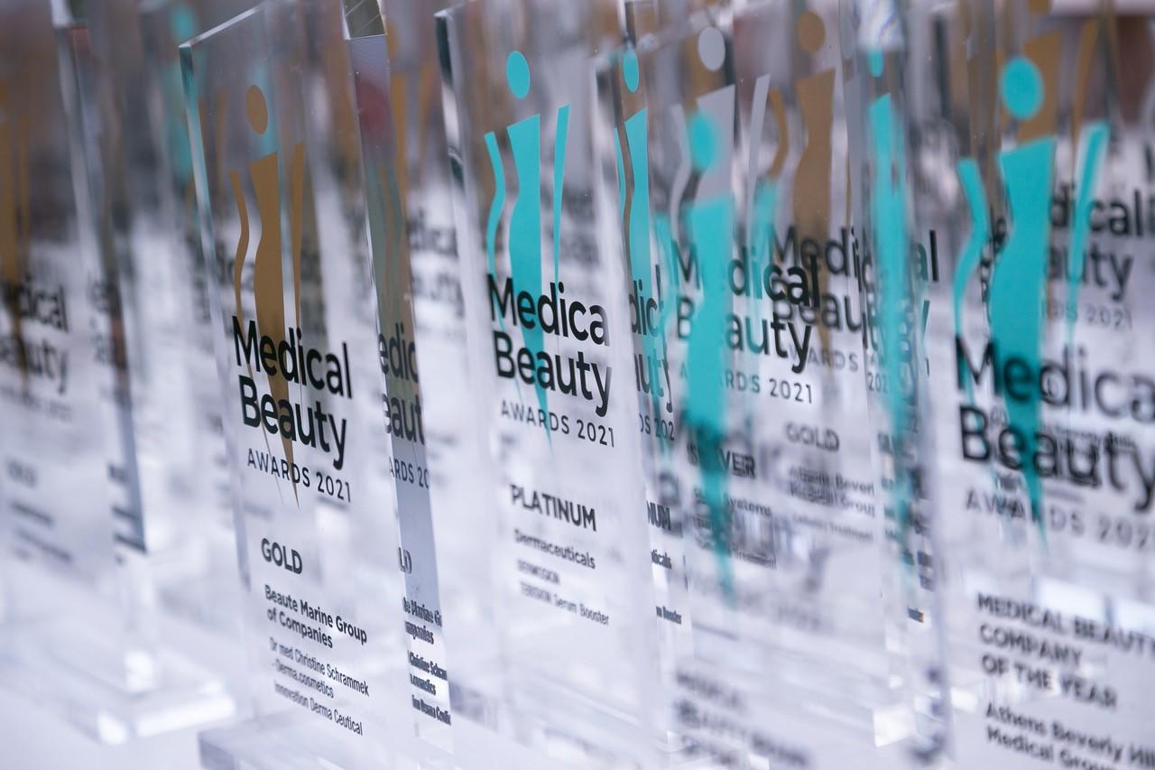 Medical Beauty Awards 21: Η επιβράβευση της καινοτομίας είναι σταθερή πρακτική της προόδου Συνολικά, διακρίθηκαν 25 εταιρείες από ένα ευρύ φάσμα επιχειρηματικής δραστηριότητας πάνω σε όλες της κατηγορίες των βραβείων.