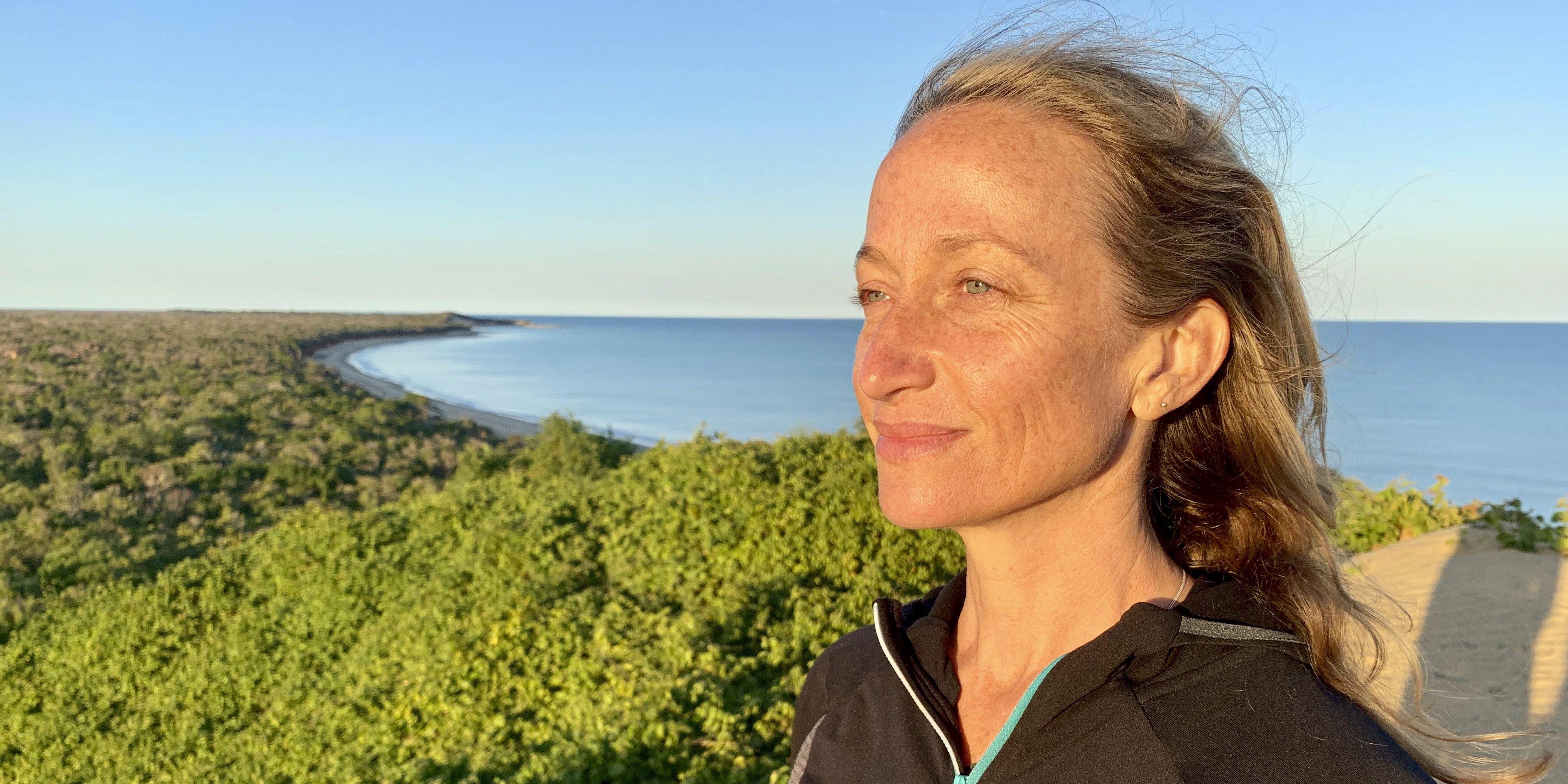 Η κινηματογραφίστρια και ακτιβίστρια Céline Cousteau στέλνει μέσω του ELLE ένα μήνυμα ελπίδας για τον πλανήτη #ELLEGreen Days Η συνιδρύτρια του Javari Project, συγγραφέας του βιβλίου «Le Monde Apres Mon Grand-Pere» ( O Κόσμος Μετά Τον Παππού Μου) και εγγονή του εξερευνητή Jacques-Yves Cousteau, εργάζεται με τον οργανισμό Forest Trends και μιλά για την δέσμευση της απέναντι στη βιοποικιλότητα και τους φύλακες του Αμαζονίου.
