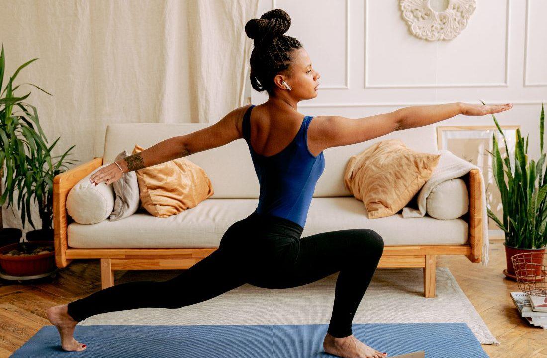 Το χορευτικό workout που θα σε κρατήσει σε φόρμα αυτό το weekend Γνώριζες πως η μουσική απο μόνη της έχει φοβερά οφέλη στην υγεία του σώματός σου; Συνδύασέ τη με ένα 15λεπτο workout για την απόλυτη ευεξία.