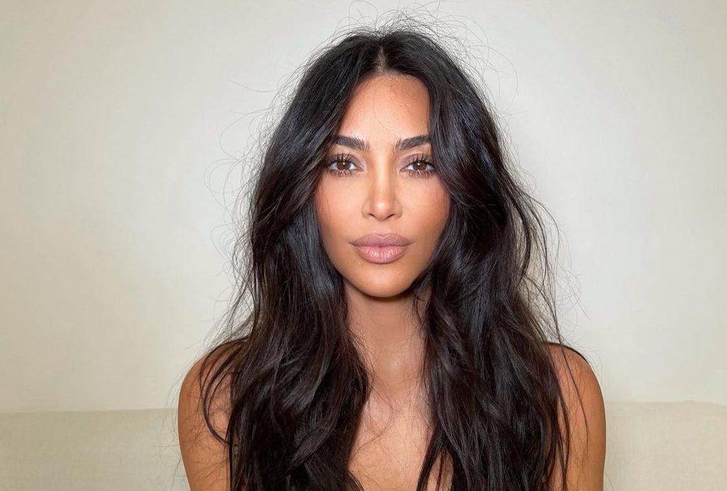 Kim Kardashian: Αυτό είναι το μυστικό της για βελούδινο δέρμα