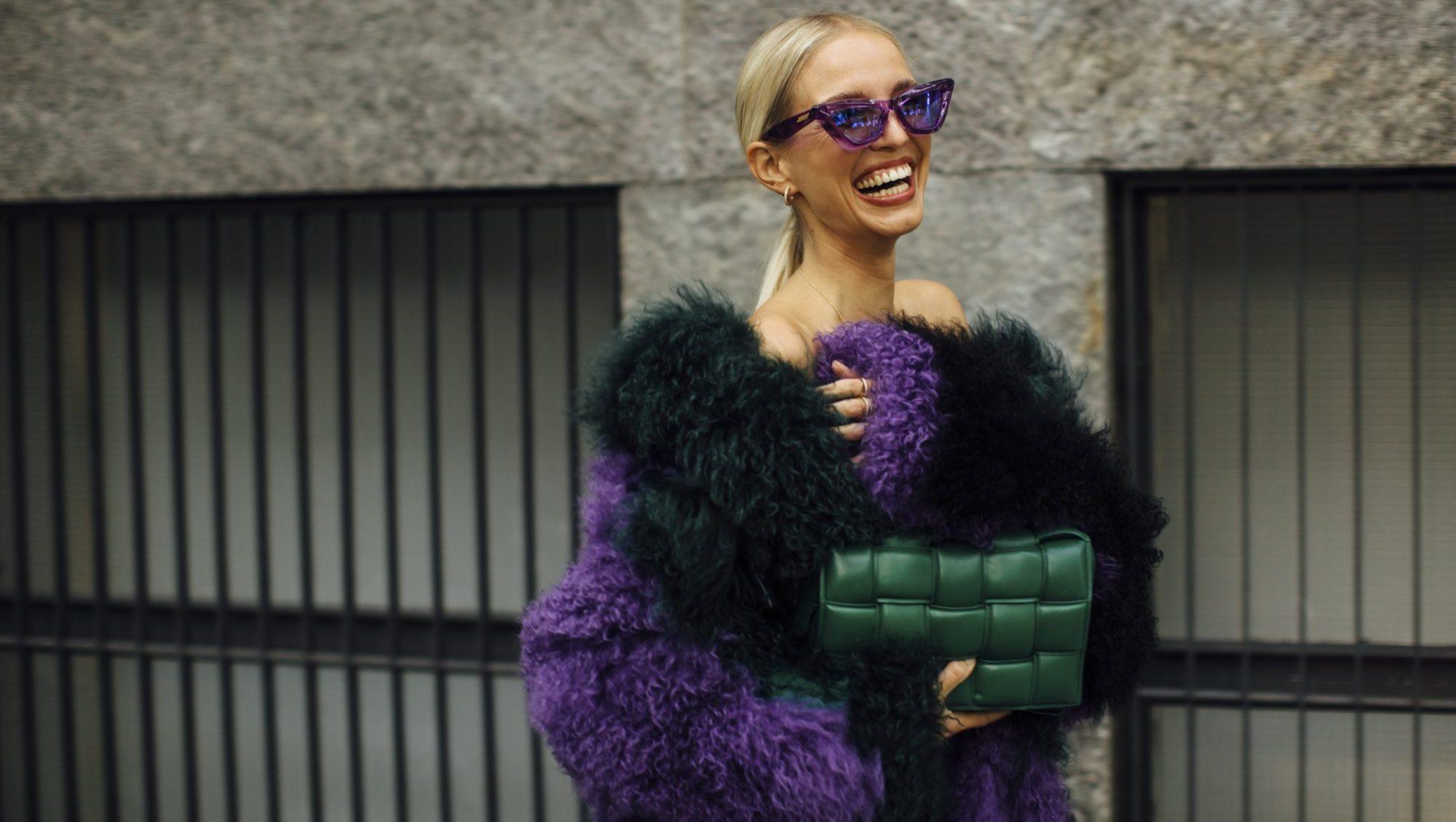 Το street style στην Εβδομάδα Μόδας του Μιλάνου είναι σκέτη έμπνευση. 6 trends και 12 outfits που θα «δανειστούμε» άμεσα