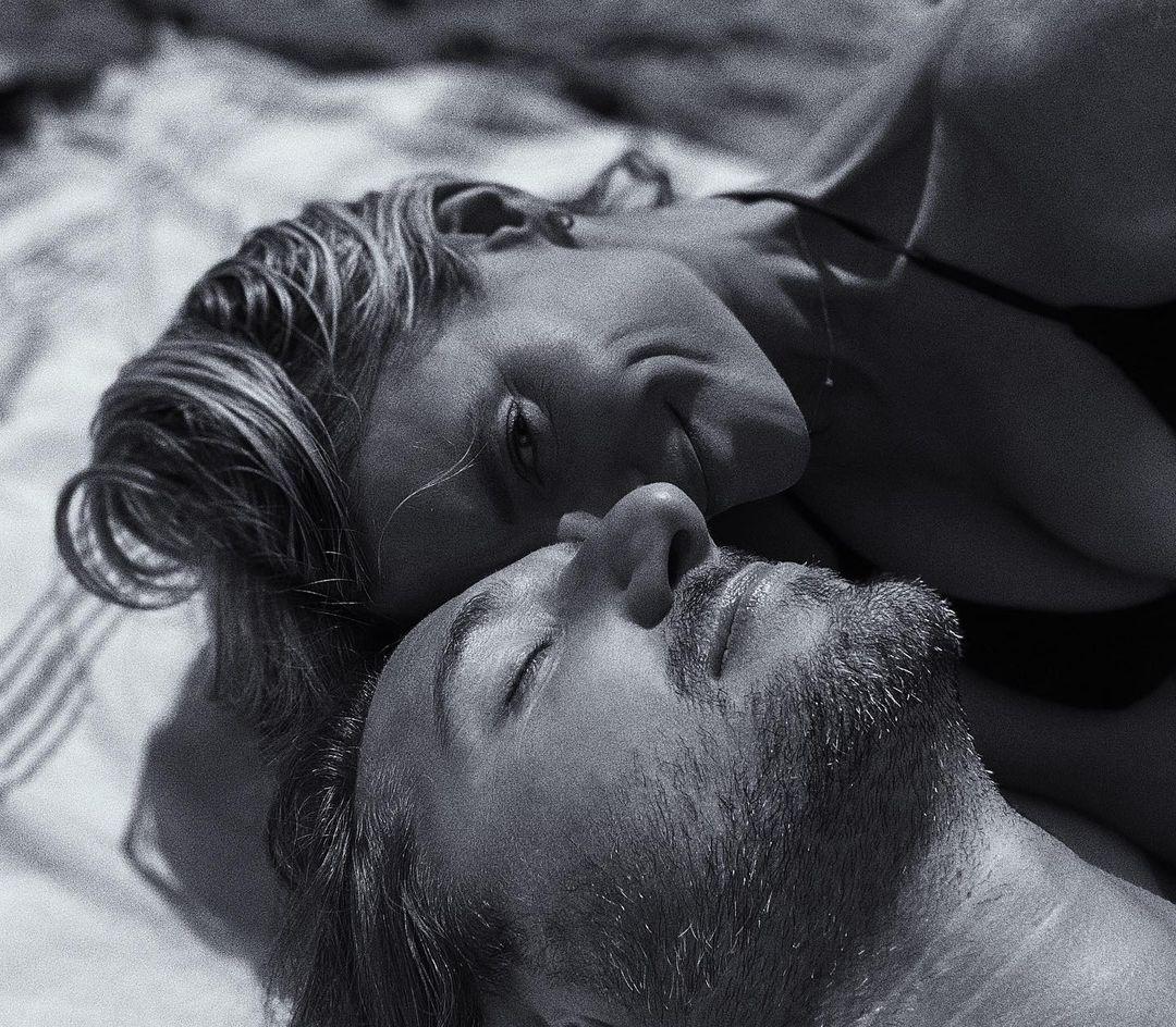 16+1 μικρά πράγματα που μπορούν να κάνουν τη σχέση σου να «ανθίσει»