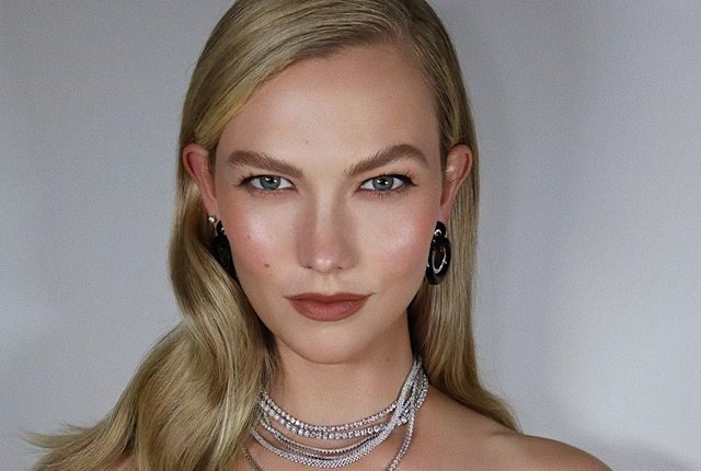 Clean Look: Η τάση στο μακιγιάζ για να διώξετε μακριά το γκρίζο του φθινοπώρου Μήπως το «clean look» είναι αυτό που έψαχνες για τις καθημερινές σου beauty εμφανίσεις;