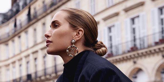 Pernille Teisbaek: Η αγαπημένη μας fashionista προτείνει 5 top χτενίσματα για την εβδομάδα που έρχεται Όλα τα hair looks της Pernille Teisbaek είναι μοναδικά!