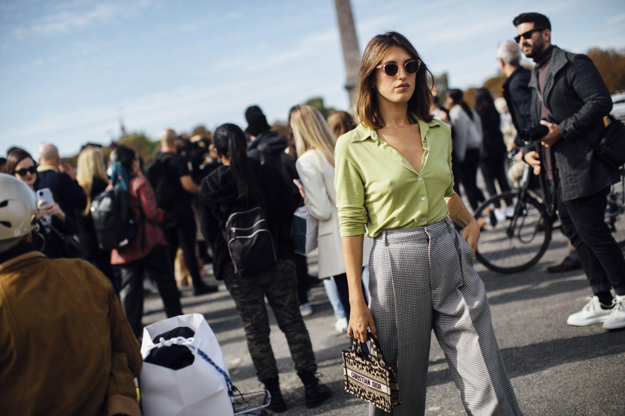 5 trends που φορούν τα french girls κάθε φθινόπωρο Θες να μεταμορφωθείς στο απόλυτο french girl; Αυτά τα fashion item τότε έχουν σίγουρα μια θέση στην γκαρνταρόμπα σου.