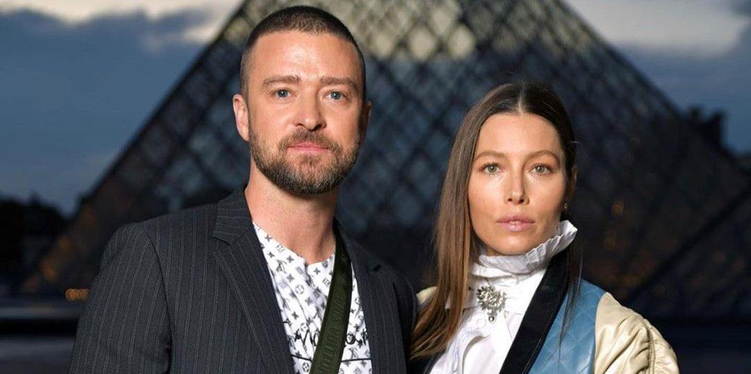 Justin Timberlake & Jessica Biel: Προς πώληση η έπαυλή τους, αξίας 35 εκ. δολαρίων Ο Justin Timberlake και η Jessica Biel μετακομίζουν από το σπίτι που αγόρασαν το 2002, στο Hollywood Hills.