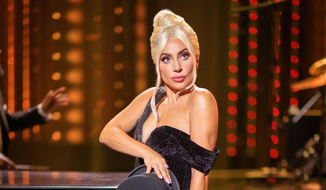 8 αγαπημένοι celebrities που αγκαλιάζουν τα σημάδια στο σώμα τους Οι celebrities του Hollywood αγαπούν τις ατέλειες στο σώμα τους.