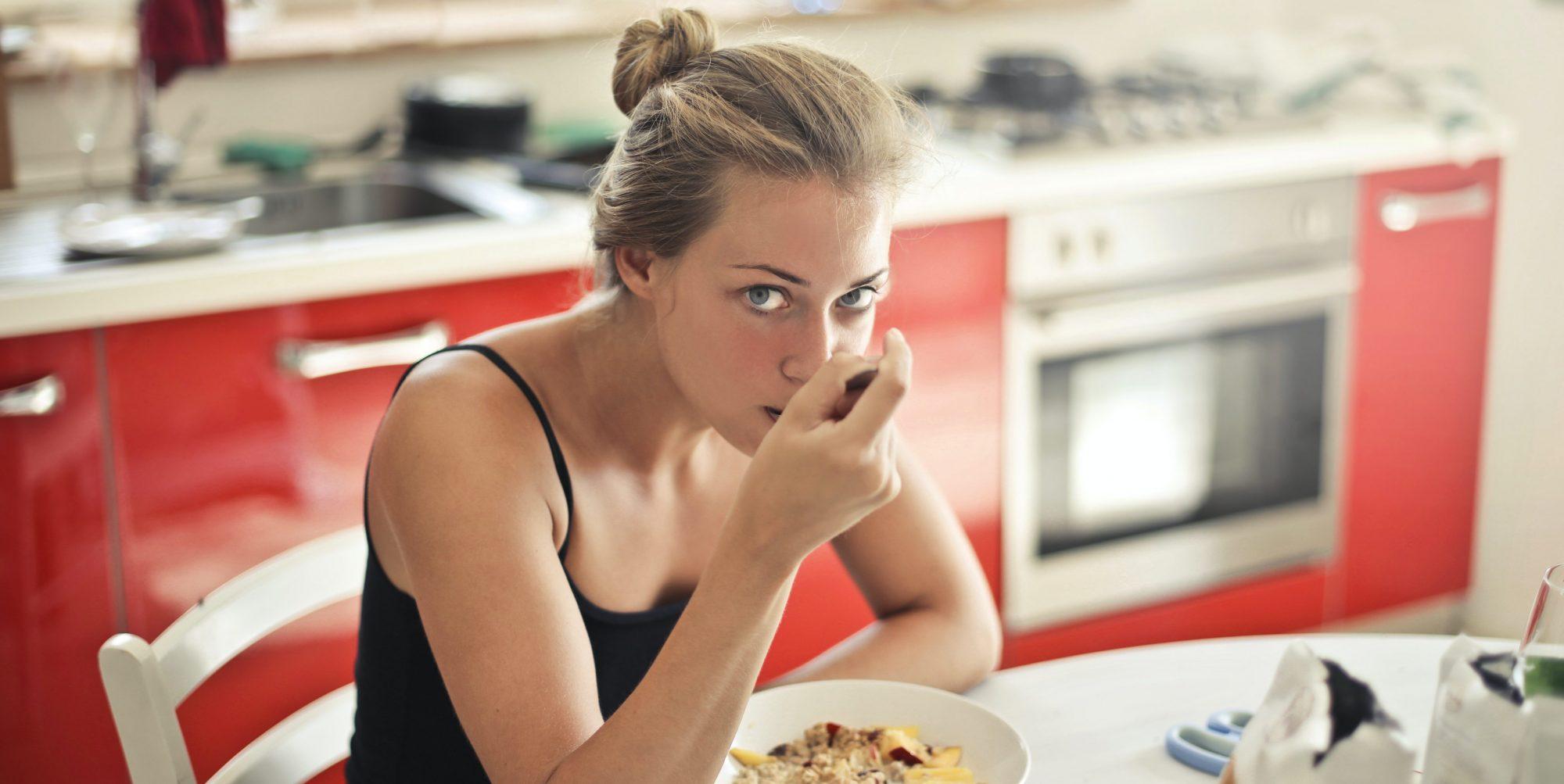 Πάλι χάλασες τη δίαιτά σου; Έτσι δεν θα το ξανακάνεις Ένα είναι σίγουρο: δεν υπάρχουν μαγικές δίαιτες υπάρχουν όμως τρόποι και τρικ για να παραμείνεις πιστή στη δίαιτά σου χωρίς να τη χαλάσεις!