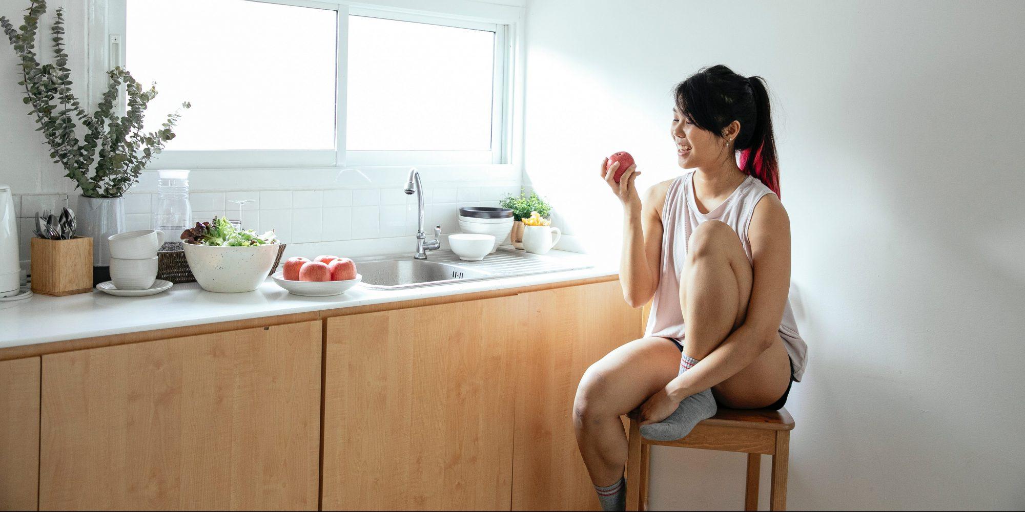 8 ενδεικτικά γεύματα για να μπεις εύκολα σε πρόγραμμα αυτό το φθινόπωρο Εάν θες να μπεις ξανά σε ένα πρόγραμμα διατροφής το φθινόπωρο κι αν αισθάνεσαι πως έχει ξεφύγει αρκετά διατροφικά, τότε αυτό το άρθρο έχει γραφτεί για εσένα.